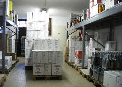 magazzino-cartoni-vino-botticino